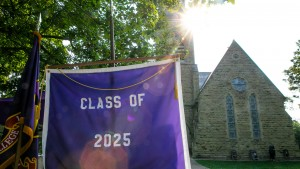 Class of 2025 purple banner